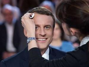 Macron-make-up